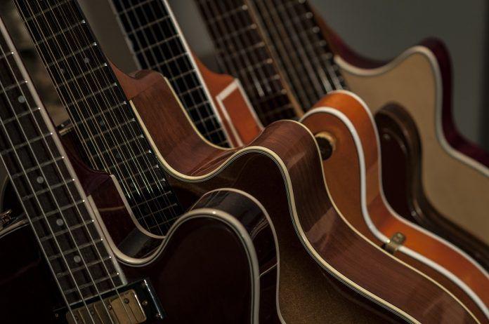 guitar 2183684 1280 1